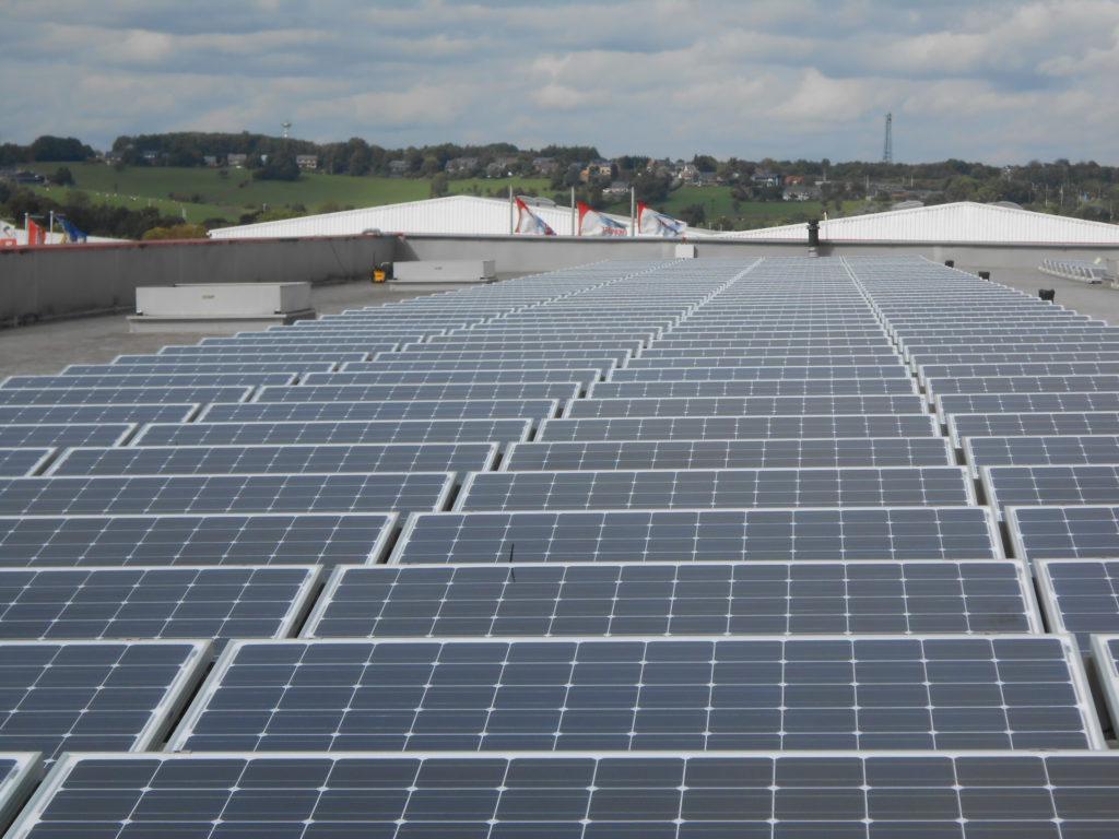 Panneaux photovoltaïques plateforme