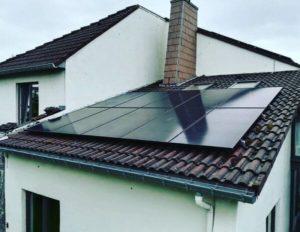 Installation de panneaux photovoltaïques à Herve