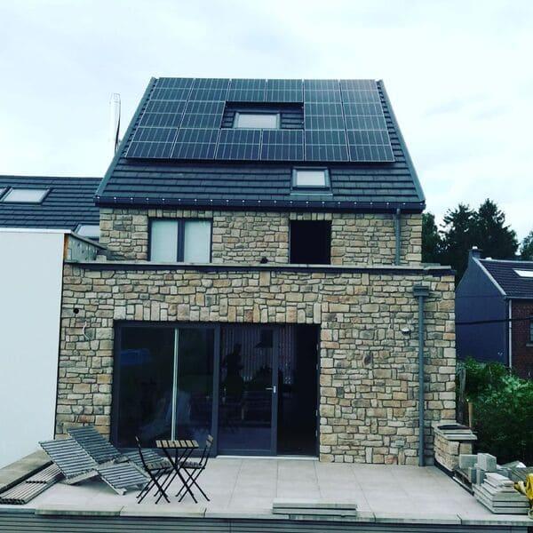 Placement de panneaux photovoltaïques à Berneau, Liège