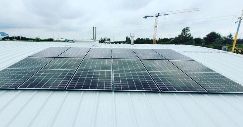 Installation de panneaux photovoltaïques à Grâce-Hollogne