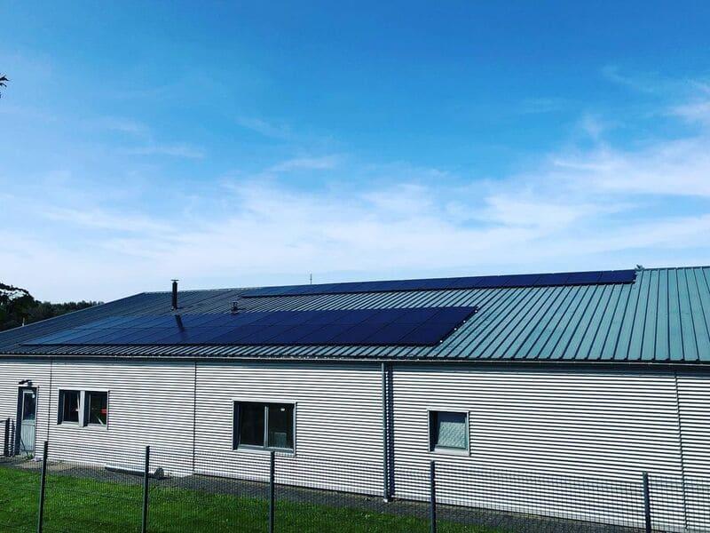 Placement de panneaux photovoltaïques à Werbomont